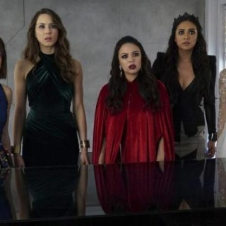 Analyse et explication Pretty Little Liars : Season Finale !