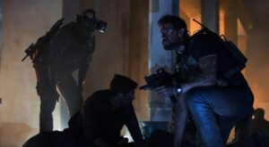13_HOURS-3