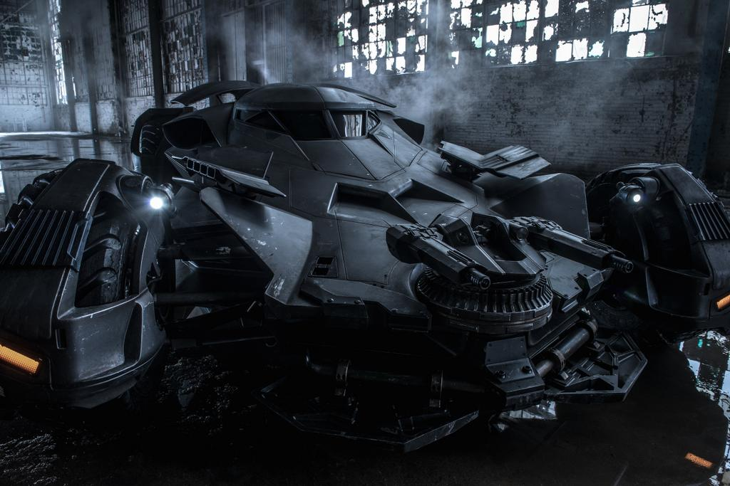 Batmobile_batman_v_superman
