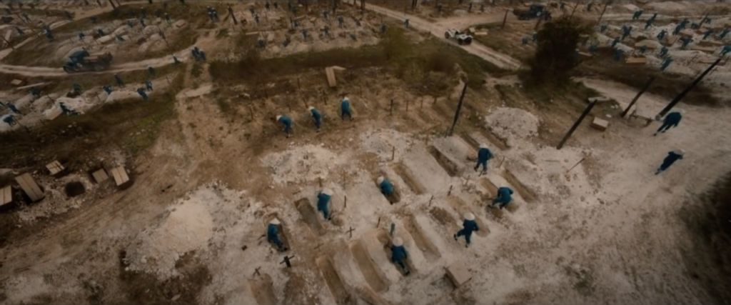 Vu d'un cimetière vu d'en haut.