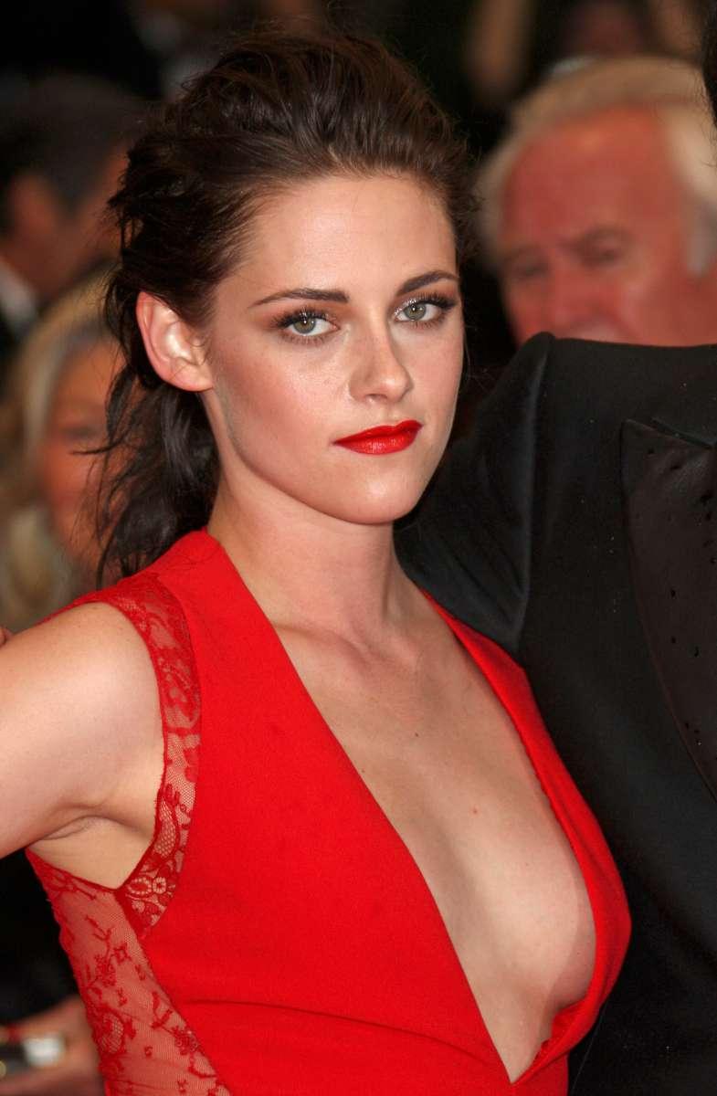 Kristen-Stewart-Sexy-Hot