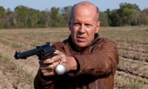Bruce Willis dans Looper