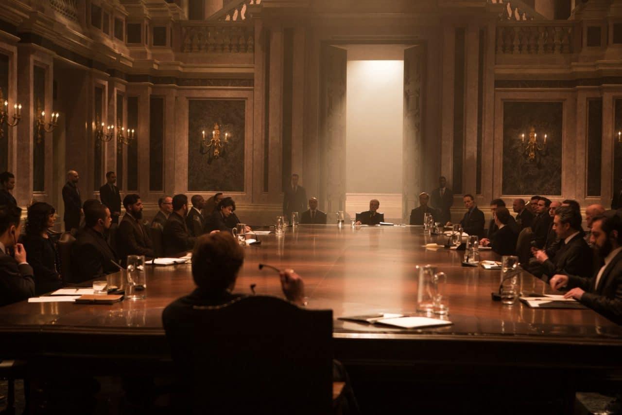 007 spectre critique d 39 un film entre deux genres for Classic house genre