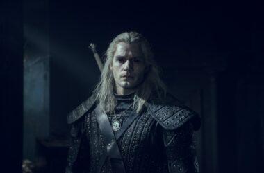 Henry Cavill est Geralt de Riv