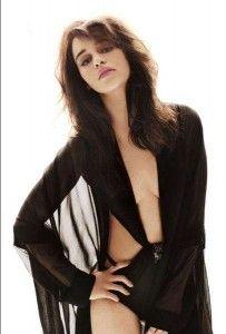 got_daenerys_targaryen_khaleesi_emilia_clarke_sexy_0
