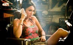 Megan Fox dans une scène de TF2