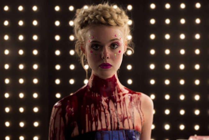 Elle fanning dans the neon demon