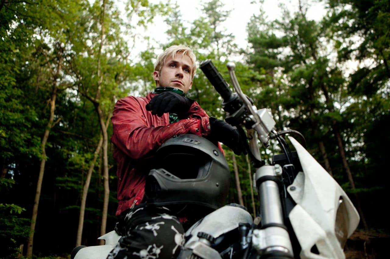Ryan Gosling à moto