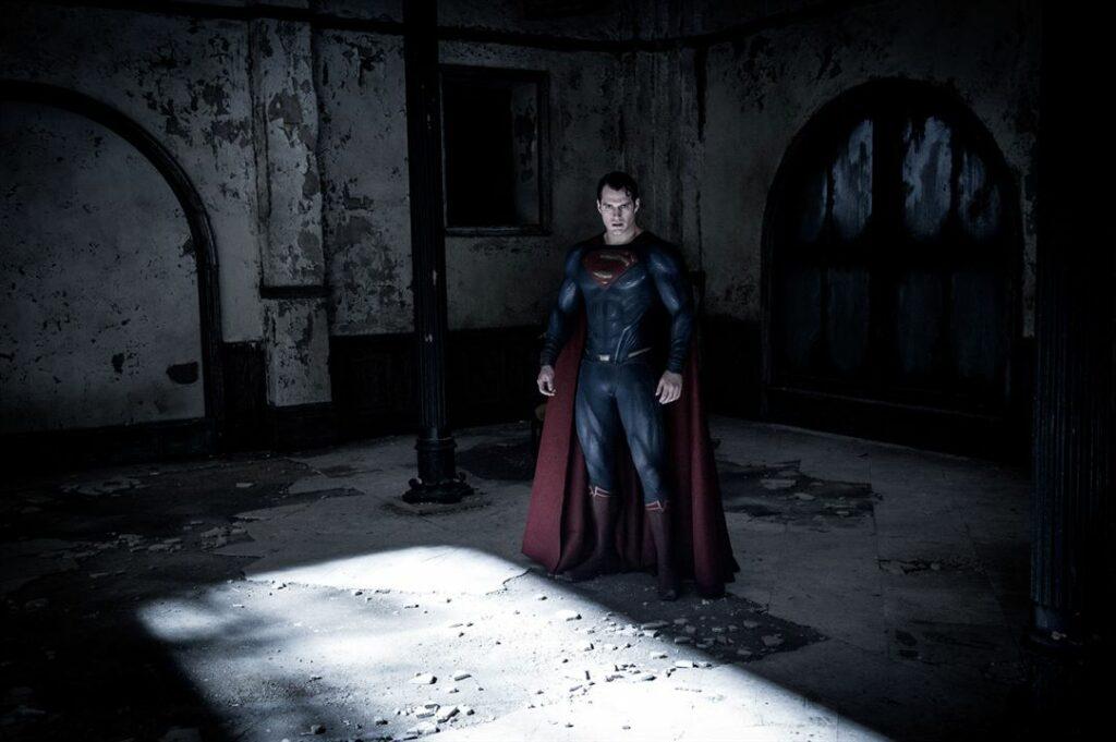 superman tourmenté par son statut de divinité