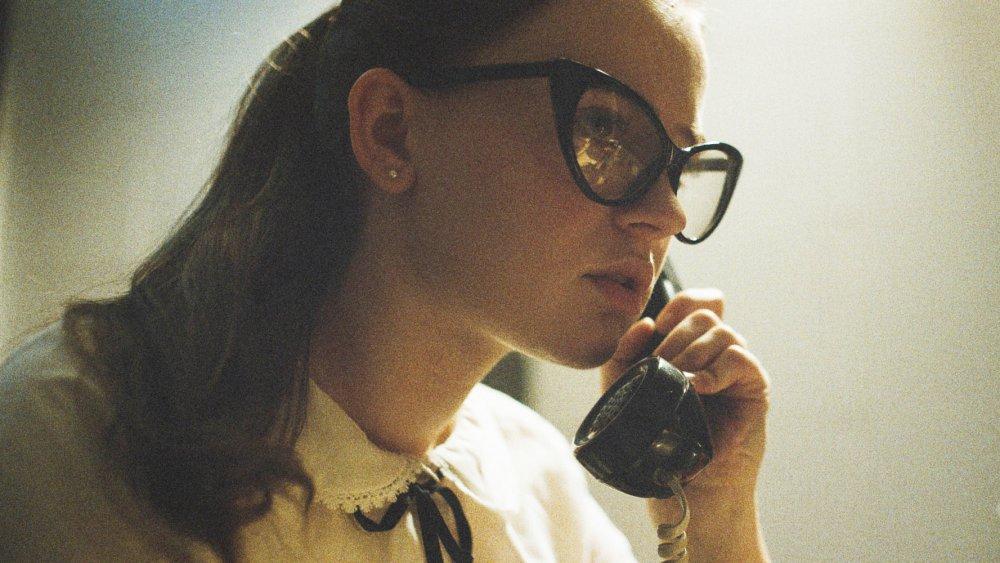 Fay au téléphone