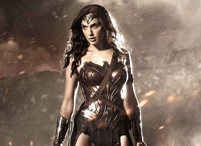 wonder-woman-gal-gadot-and-chris-pine-on-world-war-i-set